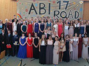 Aufbruch in einen neuen Lebensabschnitt – Abiturjahrgang 2017 der Dr.-Walter-Bruch-Schule in St. Wendel feierlich verabschiedet