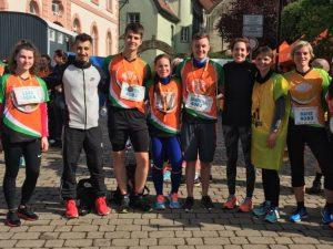 Lehrerinnen der Dr.-Walter-Bruch-Schule laufen beim Globus Marathon allen davon