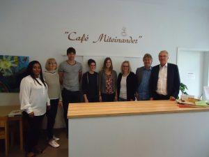 Spenden für den guten Zweck – Landrat Udo Recktenwald übergibt Spendensumme